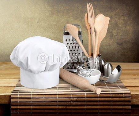 Gorro de chef utensilios de cocina u foto de stock for Utensilios para chef