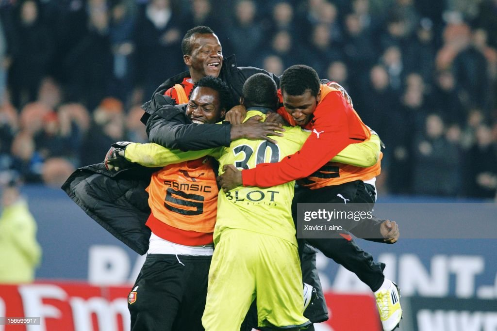 Cheick Ndiaye (GK) of Stade Rennais celebrates victory with team mates after the French Ligue 1 match between Paris Saint-Germain FC and Stade Rennais FC, at Parc des Princes on November 17, 2012 in Paris, France.