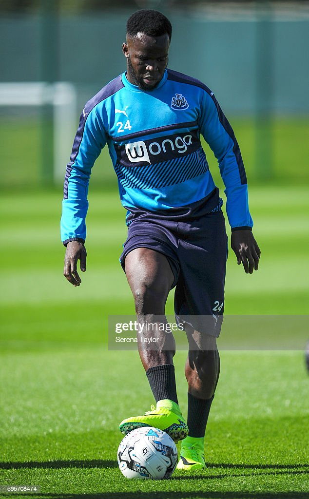 Cheick Tiote looks to pass the ball during the Newcastle United Training Session at The Newcastle United Training Centre on August 26 in Bristol...