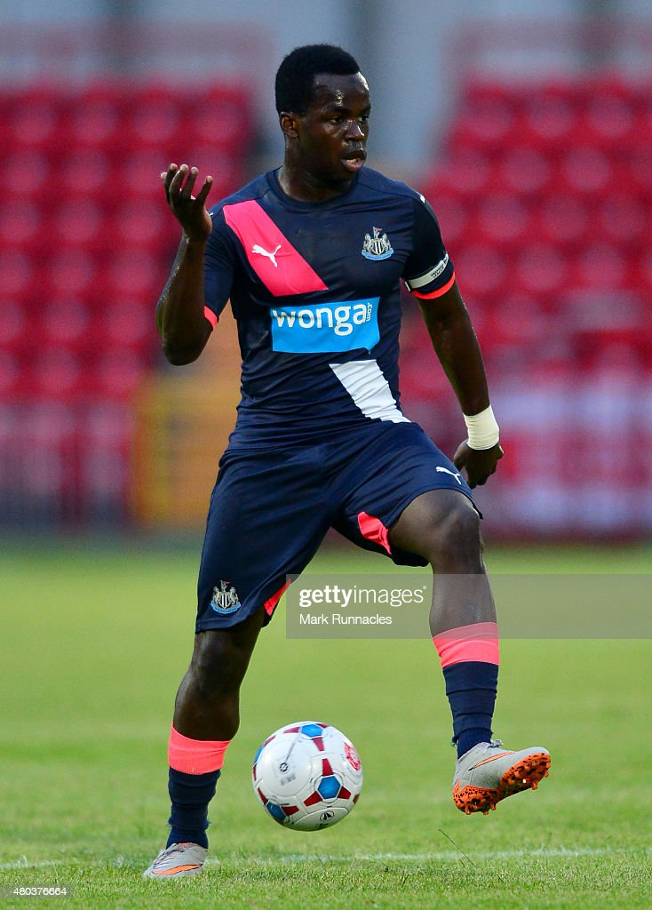<a gi-track='captionPersonalityLinkClicked' href=/galleries/search?phrase=Cheick+Tiote&family=editorial&specificpeople=5490367 ng-click='$event.stopPropagation()'>Cheick Tiote</a> of Newcastle in action during the pre season friendly match between Gateshead and Newcastle United at Gateshead International Stadium on July 10, 2015 in Gateshead, England.