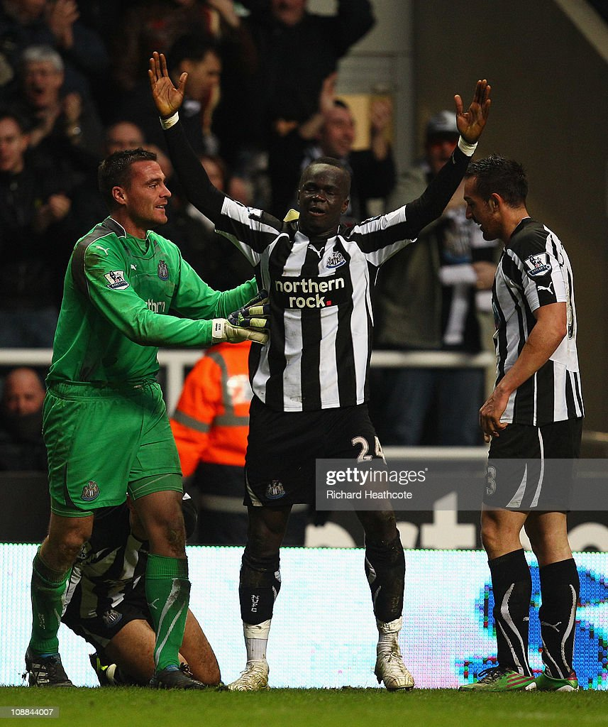 Cheik Tiote of Newcastle celebrates scoring the fourth and equalising goal during the Barclays Premier League match between Newcastle United and Arsenal at St James' Park on February 5, 2011 in Newcastle upon Tyne, England.