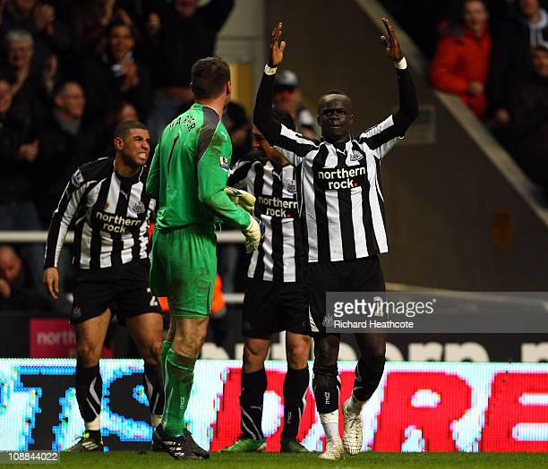 Cheik Tiote of Newcastle celebrates scoring the fourth and equalising goal during the Barclays Premier League match between Newcastle United and...