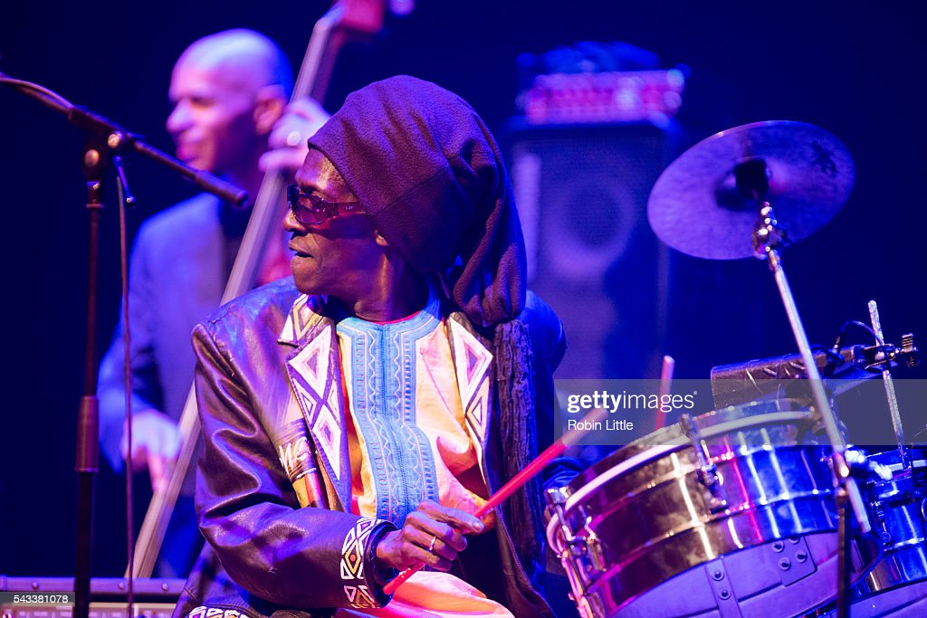 Cheikh Lo performs at Barbican Centre on June 27, 2016 in London, England.