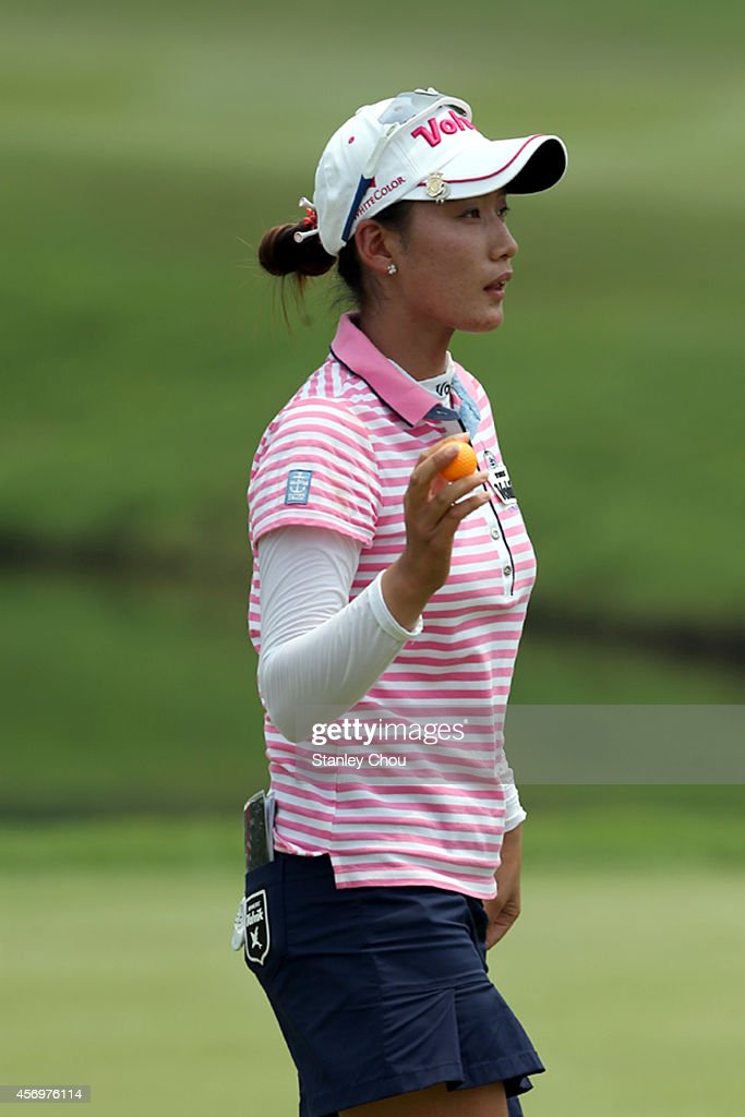 <a gi-track='captionPersonalityLinkClicked' href=/galleries/search?phrase=Chella+Choi&family=editorial&specificpeople=5770500 ng-click='$event.stopPropagation()'>Chella Choi</a> of South Korea reacts on the 18th hole during day two of the Sime Darby LPGA at Kuala Lumpur Golf & Country Club on October 10, 2014 in Kuala Lumpur, Malaysia.