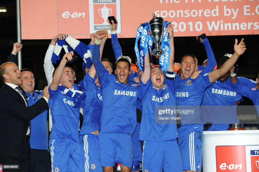Chelsea celebrate after winning the FA Youth Cup Final 2nd leg match between Chelsea Youth and Aston Villa Youth at Stamford Bridge on May 4 2010 in...