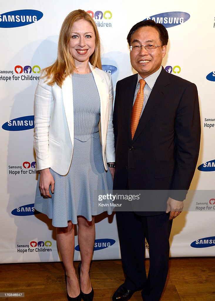 <a gi-track='captionPersonalityLinkClicked' href=/galleries/search?phrase=Chelsea+Clinton&family=editorial&specificpeople=119698 ng-click='$event.stopPropagation()'>Chelsea Clinton</a> and CEO of Samsung Electronics America YK Kim attend the Samsung's Annual Hope for Children Gala at CiprianiÕs in Wall Street on June 11, 2013 in New York City.