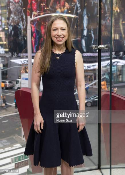 Chelsea Clinton visits 'Extra' at HM Times Square on November 13 2017 in New York City