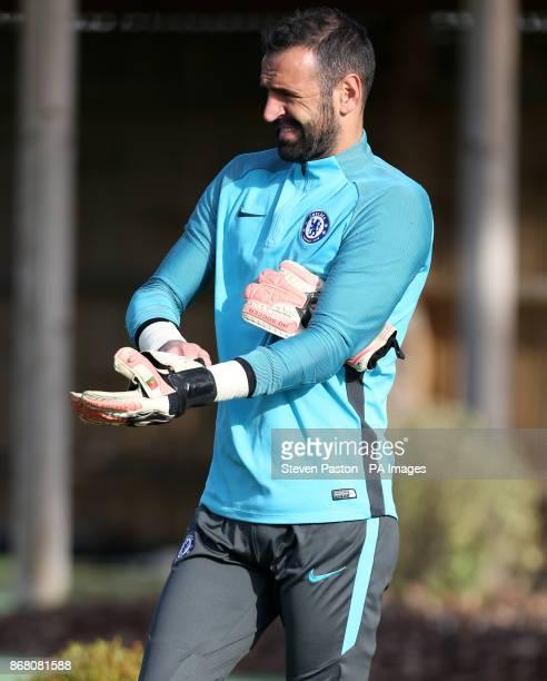 Chelsea goalkeeper Eduardo during the training session at CFC Training Ground Cobham