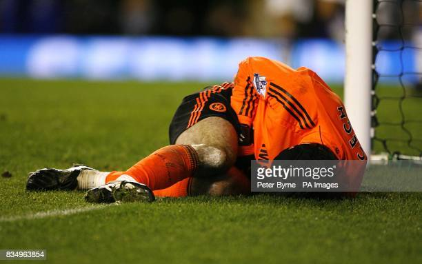 Chelsea goalkeeper Petr Cech on the floor injured after an incident in which Everton thought they had scored