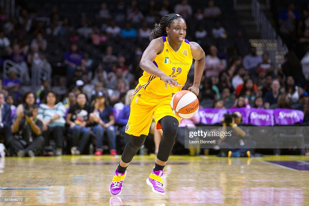 <a gi-track='captionPersonalityLinkClicked' href=/galleries/search?phrase=Chelsea+Gray&family=editorial&specificpeople=7420247 ng-click='$event.stopPropagation()'>Chelsea Gray</a> #12 of the Los Angeles Sparks handles the ball against the Phoenix Mercury during a WNBA basketball game at Staples Center on June 17, 2016 in Los Angeles, California.