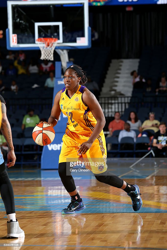 <a gi-track='captionPersonalityLinkClicked' href=/galleries/search?phrase=Chelsea+Gray&family=editorial&specificpeople=7420247 ng-click='$event.stopPropagation()'>Chelsea Gray</a> #12 of the Los Angeles Sparks handles the ball during the game Sky on May 24, 2016 at the Allstate Arena in Chicago, Illinois.