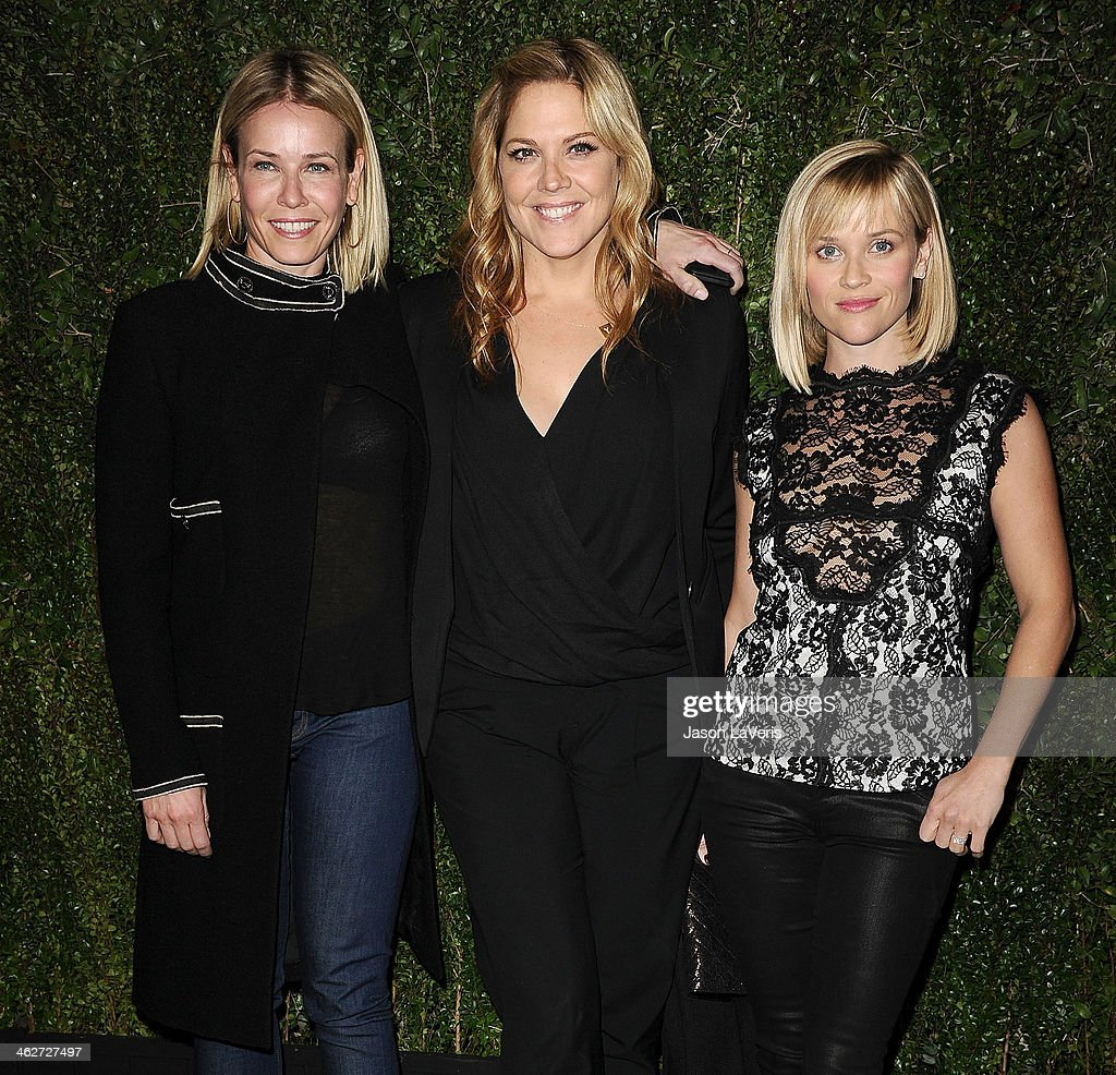 <a gi-track='captionPersonalityLinkClicked' href=/galleries/search?phrase=Chelsea+Handler&family=editorial&specificpeople=599162 ng-click='$event.stopPropagation()'>Chelsea Handler</a>, <a gi-track='captionPersonalityLinkClicked' href=/galleries/search?phrase=Mary+McCormack&family=editorial&specificpeople=226629 ng-click='$event.stopPropagation()'>Mary McCormack</a> and <a gi-track='captionPersonalityLinkClicked' href=/galleries/search?phrase=Reese+Witherspoon&family=editorial&specificpeople=201577 ng-click='$event.stopPropagation()'>Reese Witherspoon</a> attend the release of 'Find It In Everything' at Chanel Boutique on January 14, 2014 in Beverly Hills, California.