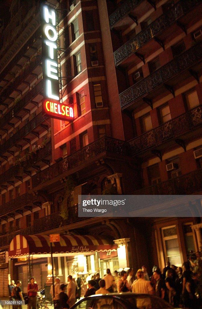 chelsea hotel oral sex song lyrics № 2807