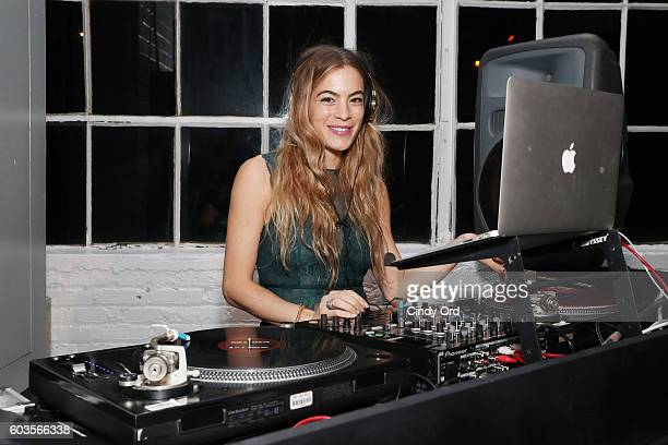 Chelsea Leyland performs at the Blog Lovin' Awards at Industria Superstudio on September 12 2016 in New York City