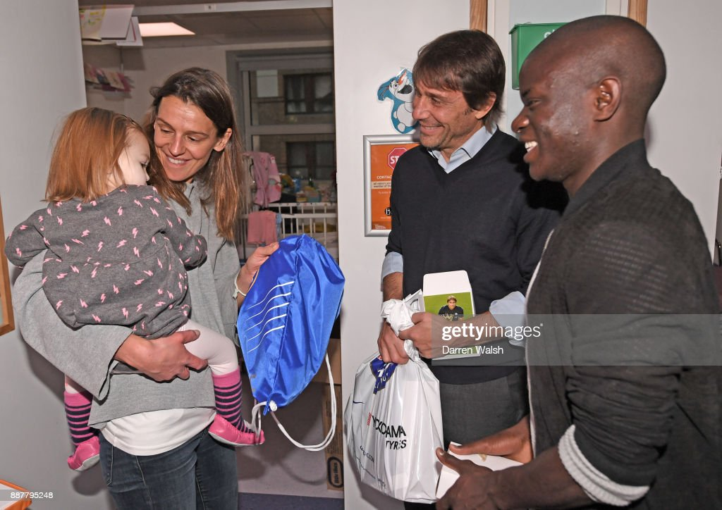 Chelsea Manager Antonio Conte and N'golo Kante of Chelsea at the Chelsea and Westminster Hospital on December 7, 2017 in London, England.