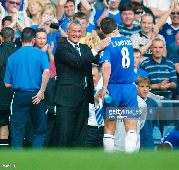 Chelsea Manager Claudio Ranieri embraces Frank Lampard during the FA Barclaycard Premiership match between Chelsea and Leeds United at Stamford...