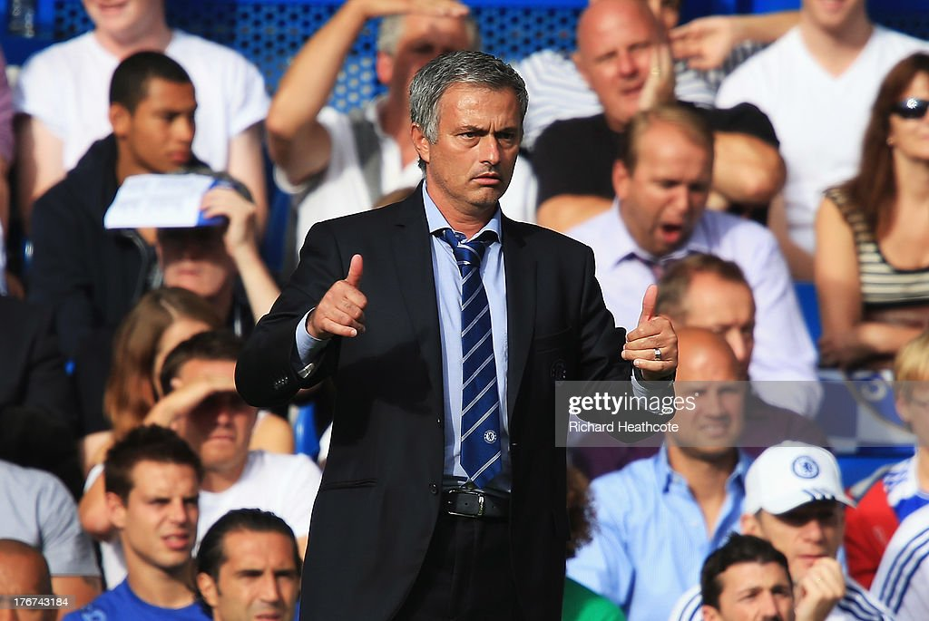 Chelsea manager Jose Mourinho gives the thumbs up during the Barclays Premier League match between Chelsea and Hull City at Stamford Bridge on August 18, 2013 in London, England.