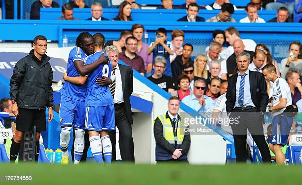 Chelsea manager Jose Mourinho looks on as substitute Romelu Lukaku of Chelsea comes on for Fernando Torres during the Barclays Premier League match...