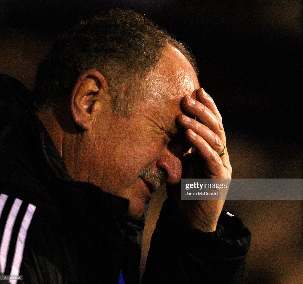 ANUARY 14: Chelsea Manager Luiz Felipe Scolari reacts during the FA Cup Sponsored by E.on 3rd Round Replay match between Southend United and Chelsea at Roots Hall on January 14, 2009 in Southend, England.