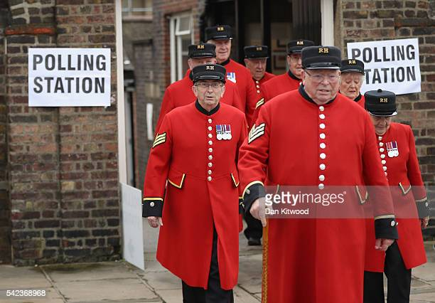 Chelsea pensioners leave after voting in the EU referendum at Royal Hospital Chelsea on June 23 2016 in London United Kingdom The United Kingdom has...