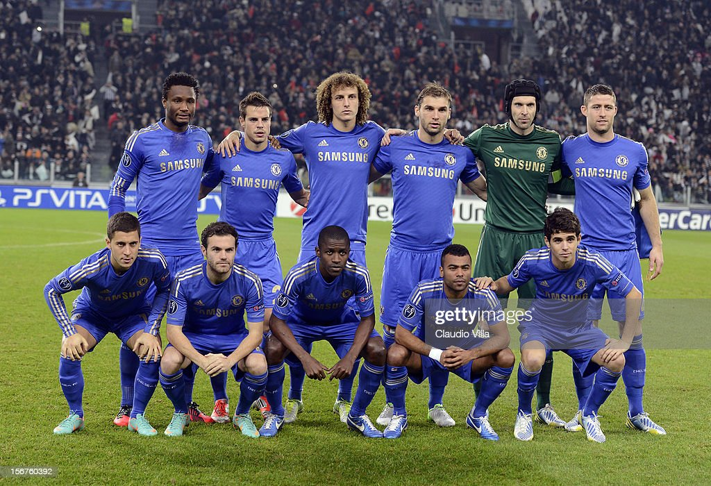 Chelsea players line up for a team photo before the start of the UEFA Champions League Group E match between Juventus and Chelsea FC at Juventus Arena on November 20, 2012 in Turin, Italy.