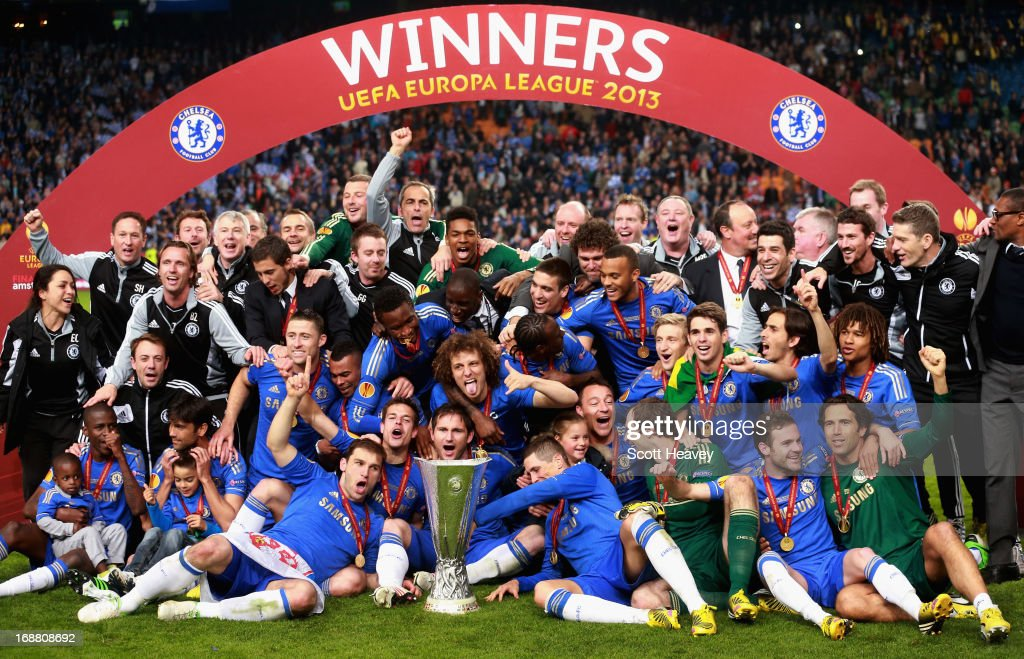 Chelsea players pose with the trophy during the UEFA Europa League Final between SL Benfica and Chelsea FC at Amsterdam Arena on May 15, 2013 in Amsterdam, Netherlands.