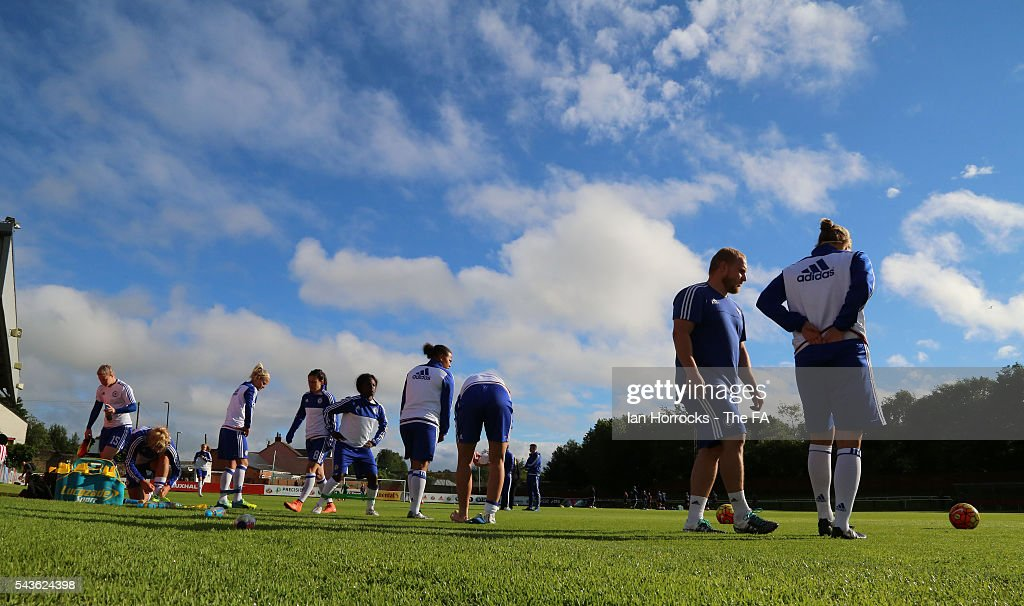 Chelsea players warm up during the WSL 1 League match between Sunderland Ladies and Chelsea Ladies FC at the Hetton Center on June 29, 2016 in Hetton, England.