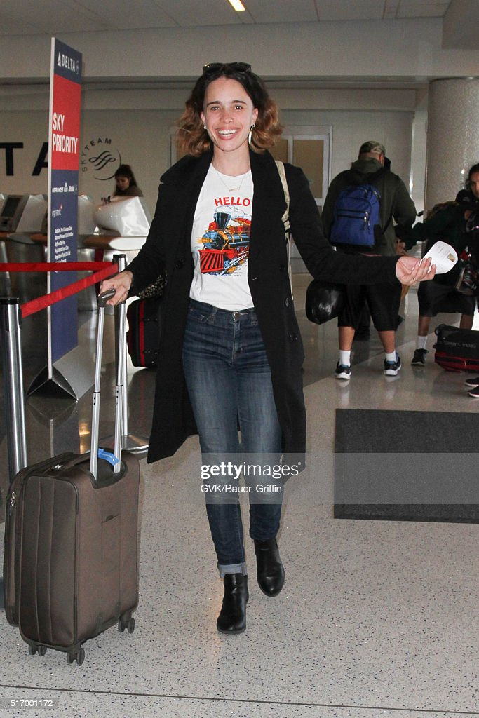 <a gi-track='captionPersonalityLinkClicked' href=/galleries/search?phrase=Chelsea+Tyler&family=editorial&specificpeople=3201799 ng-click='$event.stopPropagation()'>Chelsea Tyler</a> is seen at LAX on March 22, 2016 in Los Angeles, California.