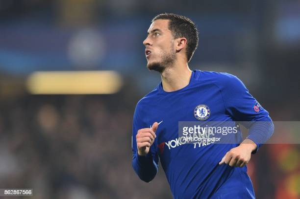 Chelsea's Belgian midfielder Eden Hazard celebrates scoring during a UEFA Champions league group stage football match between Chelsea and Roma at...
