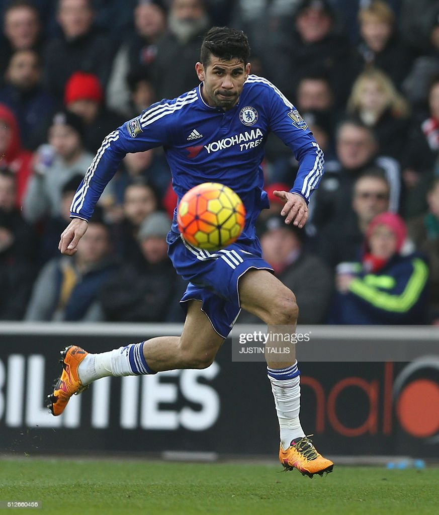 Chelsea's Brazilian-born Spanish striker Diego Costa chases the ball during the English Premier League football match between Southampton and Chelsea at St Mary's Stadium in Southampton, southern England on February 27, 2016. Chelsea won the game 2-1. / AFP / JUSTIN TALLIS / RESTRICTED TO EDITORIAL USE. No use with unauthorized audio, video, data, fixture lists, club/league logos or 'live' services. Online in-match use limited to 75 images, no video emulation. No use in betting, games or single club/league/player publications. /