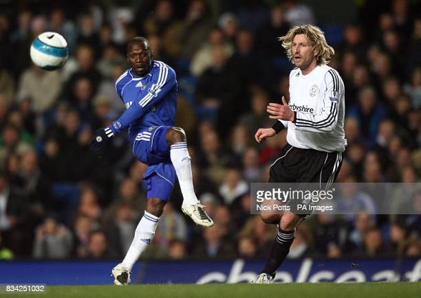 Chelsea's Claude Makelele and Derby County's Robbie Savage in action
