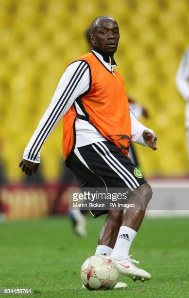 Chelsea's Claude Makelele during a training session at the Luzhniki Stadium Moscow Russia