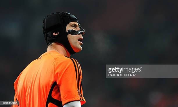 Chelsea`s Czech goalkeeper Petr Cech warms up prior to the Champions League Group E football match Bayer 04 Leverkusen vs Chelsea FC in Leverkusen...