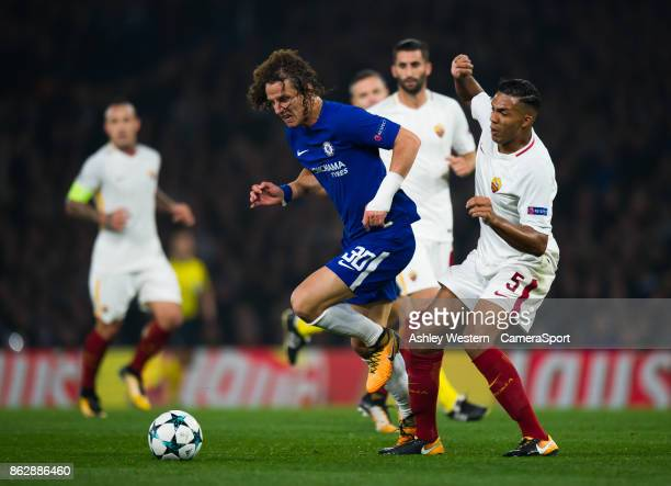 Chelsea's David Luiz battles for possession with Roma's Juan Jesus during the UEFA Champions League group C match between Chelsea FC and AS Roma at...