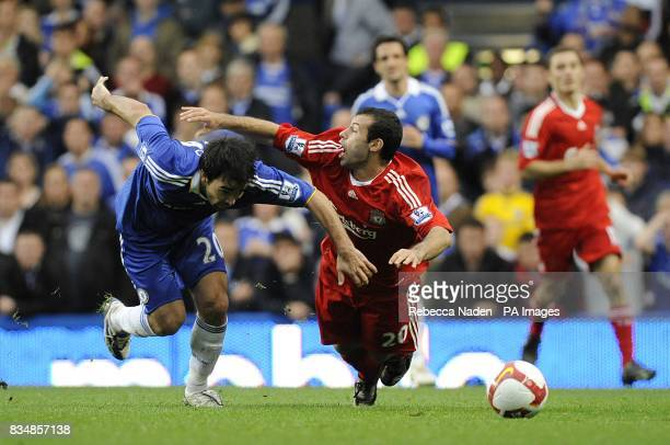 Chelsea's Deco and Livepool's Javier Mascherano battle for the ball