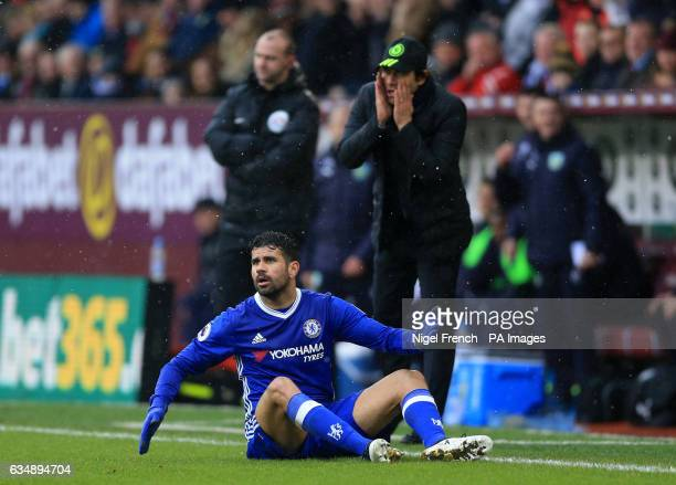 Chelsea's Diego Costa reacts as manager Antonio Conte looks on during the Premier League match at Turf Moor Burnley