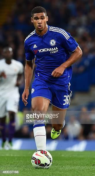 Chelsea's English midfielder Ruben LoftusCheek runs with the ball during the preseason friendly International Champions Cup football match between...