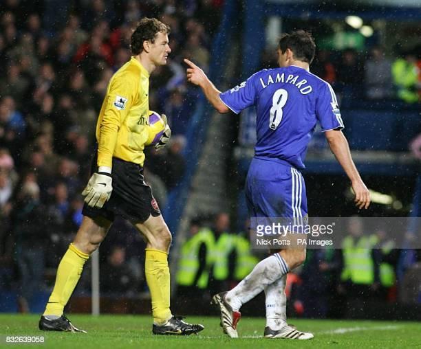Chelsea's Frank Lampard points an accusing finger at Arsenal goalkeeper Jens Lehmann