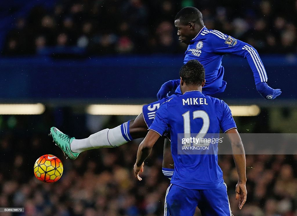 Chelsea's French defender Kurt Zouma kicks the ball before landing and injuring himself during the English Premier League football match between Chelsea and Manchester United at Stamford Bridge in London on February 7, 2016. / AFP / Ian Kington / RESTRICTED TO EDITORIAL USE. No use with unauthorized audio, video, data, fixture lists, club/league logos or 'live' services. Online in-match use limited to 75 images, no video emulation. No use in betting, games or single club/league/player publications. /