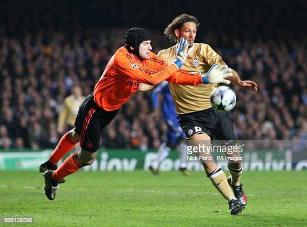 Chelsea's goalkeeper Petr Cech saves ahead of Juventus' Carvalho de Oliveira Amauri