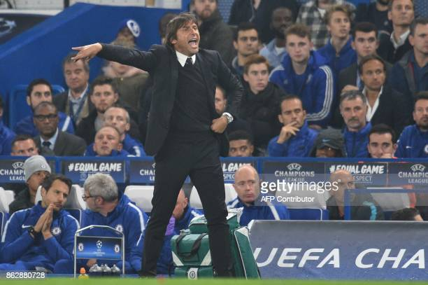 Chelsea's Italian head coach Antonio Conte gestures during a UEFA Champions league group stage football match between Chelsea and Roma at Stamford...