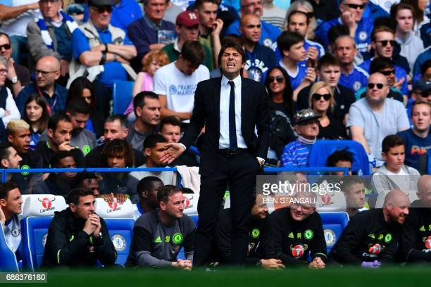 Chelsea's Italian head coach Antonio Conte gestures from the touchline during the English Premier League football match between Chelsea and...