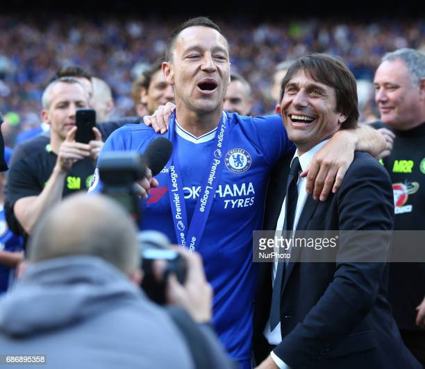 Chelsea's John Terry with Chelsea manager Antonio Conte during the Premier League match between Chelsea and Sunderland at Stamford Bridge London...