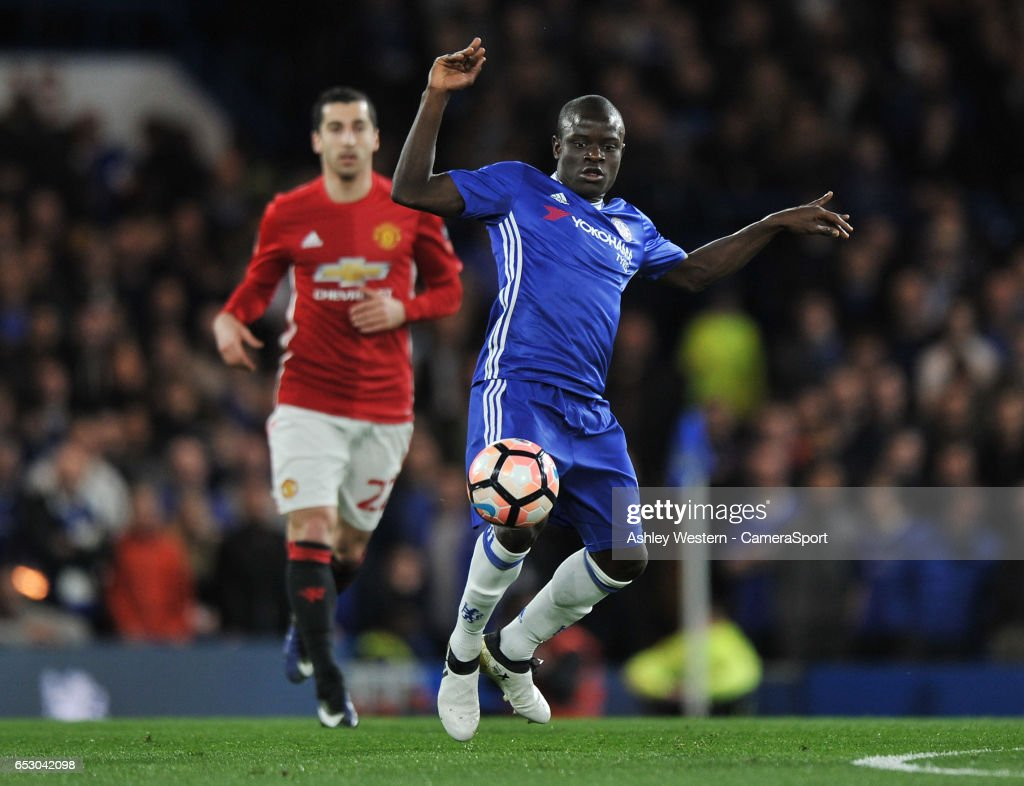 Chelsea v Manchester United - The Emirates FA Cup Quarter-Final : News Photo