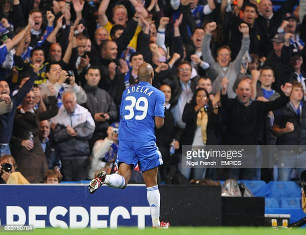 Chelsea's Nicolas Anelka celebrates after scoring the opening goal