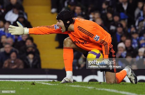 Chelsea's Petr Cech shouts instructions to his team mates