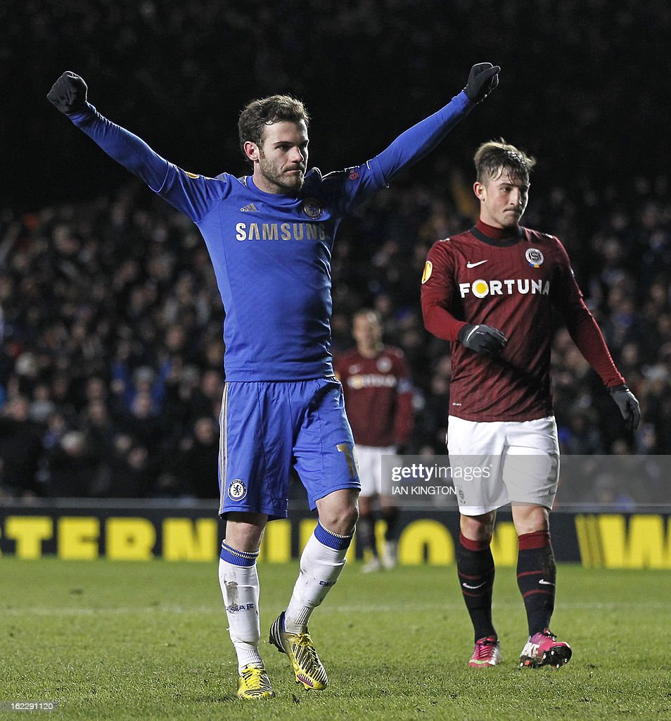 Chelsea's Spanish midfielder Juan Mata celebrates the late goal scored by Chelsea's Belgian midfielder Eden Hazard (not pictured) during the second leg of the UEFA Europa League round of 32 football match between Chelsea and Sparta Prague in London on February 21, 2013. The game finished 1-1, Chelsea won the tie 2-1.