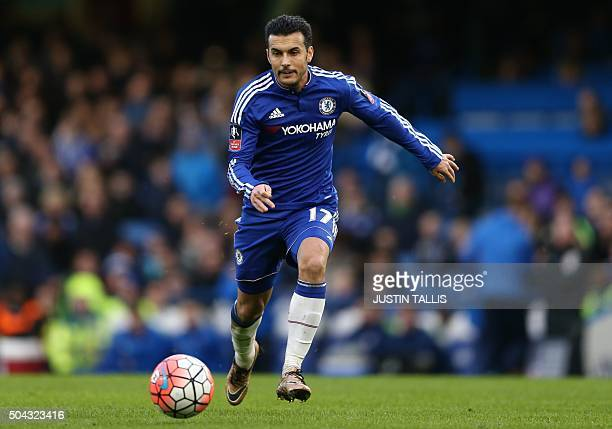 Chelsea's Spanish midfielder Pedro runs with the ball during the FA Cup thirdround football match between Chelsea and Scunthorpe United at Stamford...
