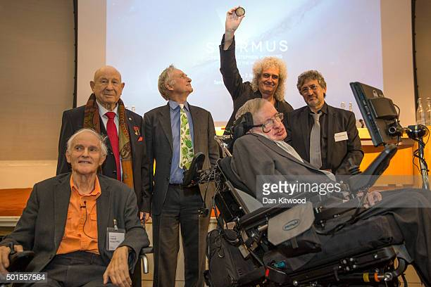 Chemist and Nobel Laureate Sir Harold Kroto Commander of the Cosmonauts team Alexi Leonov Evolutionary Biologist Dr Richard Dawkins former Queen...