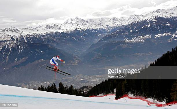 Chemmy Alcott of Great Britain takes 21st place during the Alpine FIS Ski World Cup Women's Downhill Training on March 07 2008 in CransMontana...
